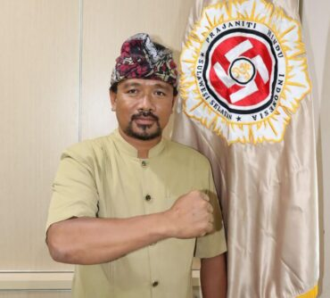 I Wayan Budhiarta Yasa  Pimpin Prajaniti Sulawesi Selatan